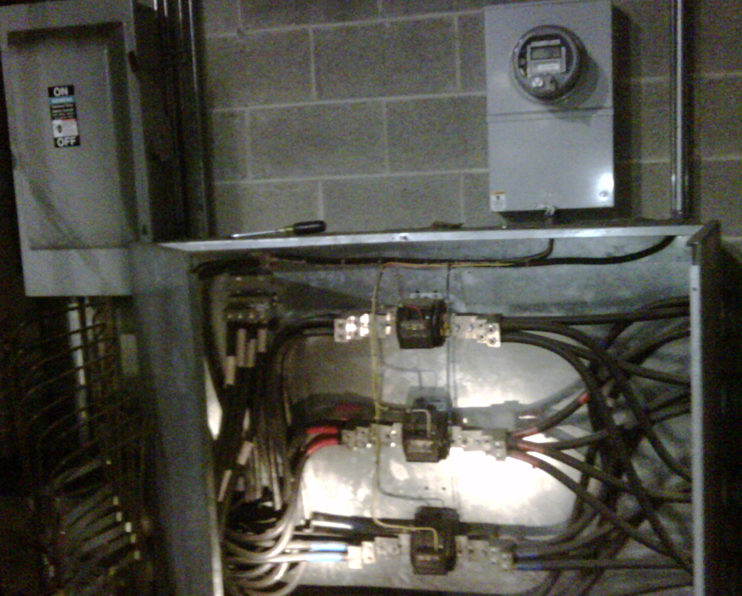 Service Entrance, 2Phase, 3Phase, Service Conductors, Service Equipment,  Service Grounding Philadelphia.